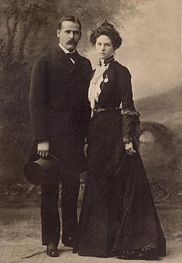 "Harry ""Sundance Kid"" Longabaugh and his girlfriend, Etta Place"